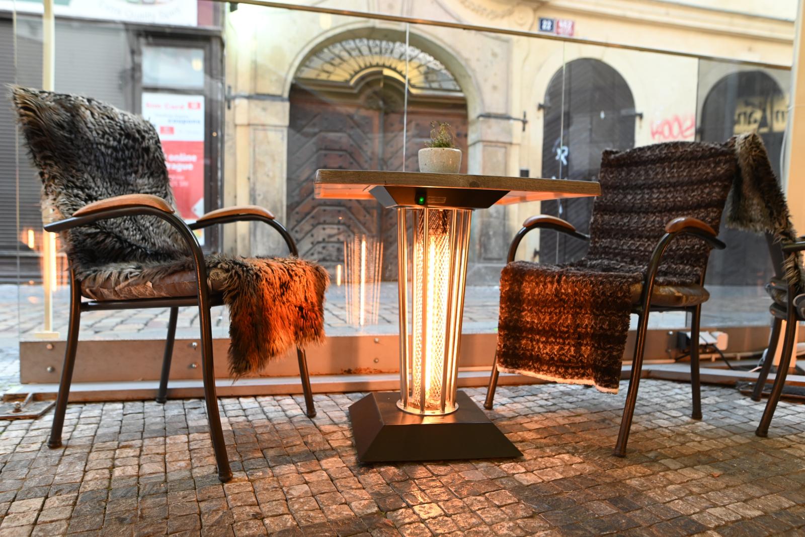 Zkušenosti s vyhřívaným stolkem Galavito Heating Table