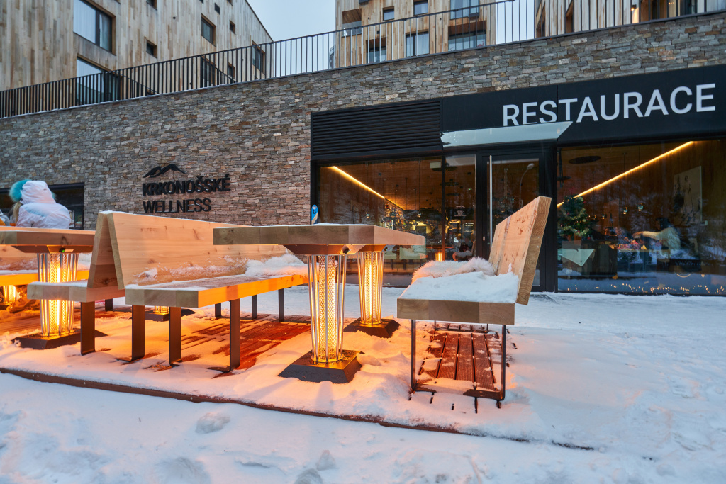 Galavito Heating Table v Après-Ski bar u Svatého Vavřince