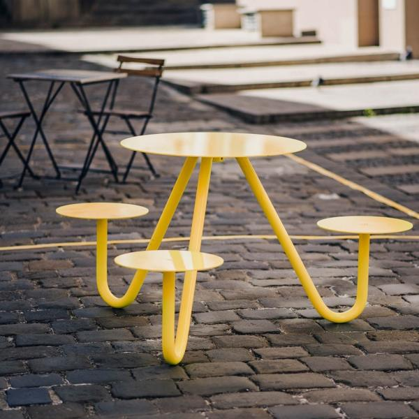 GASTRO žije prototyp venkovního stolku